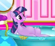 Пони:Беременная Твайлайт Спаркл в спа