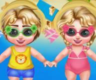 Малышка Эльза с братом в аквапарке