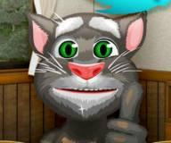 Кот Том вырывает волосы в носу