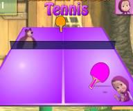 Маша и Медведь играют в теннис