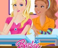Безделье Барби в классе