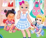 Летний шоппинг маленьких принцесс Диснея