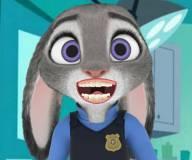 Джуди Хупс лечит зубы у дантиста