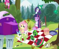 Девушки из Эквестрии на пикнике